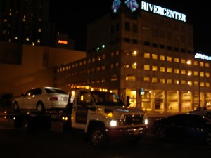 Day or Night we are here for you providing Flatbed towing service. The best wrecker is a rollback.