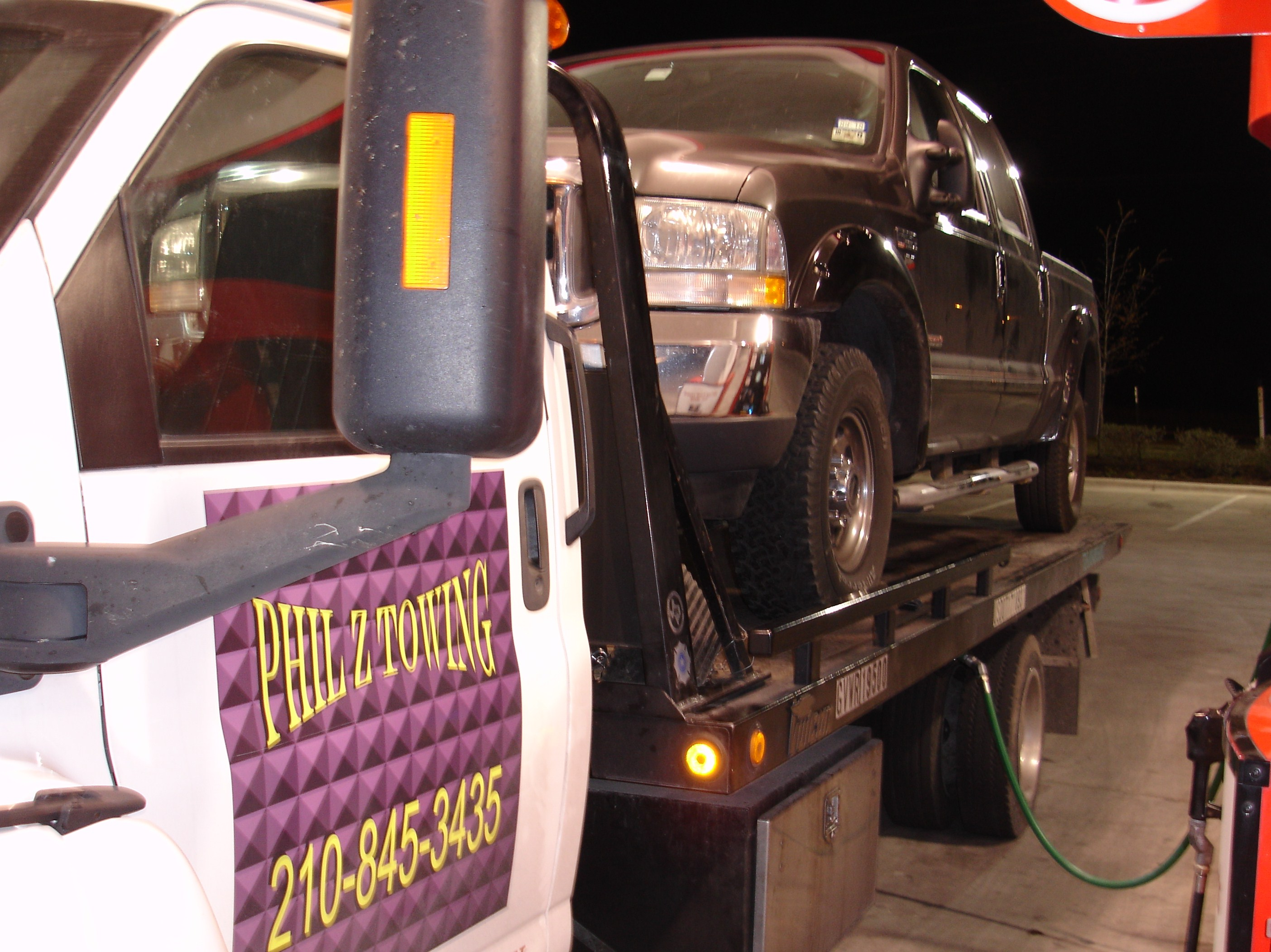 (210) 845-3435 PHIL Z TOWING